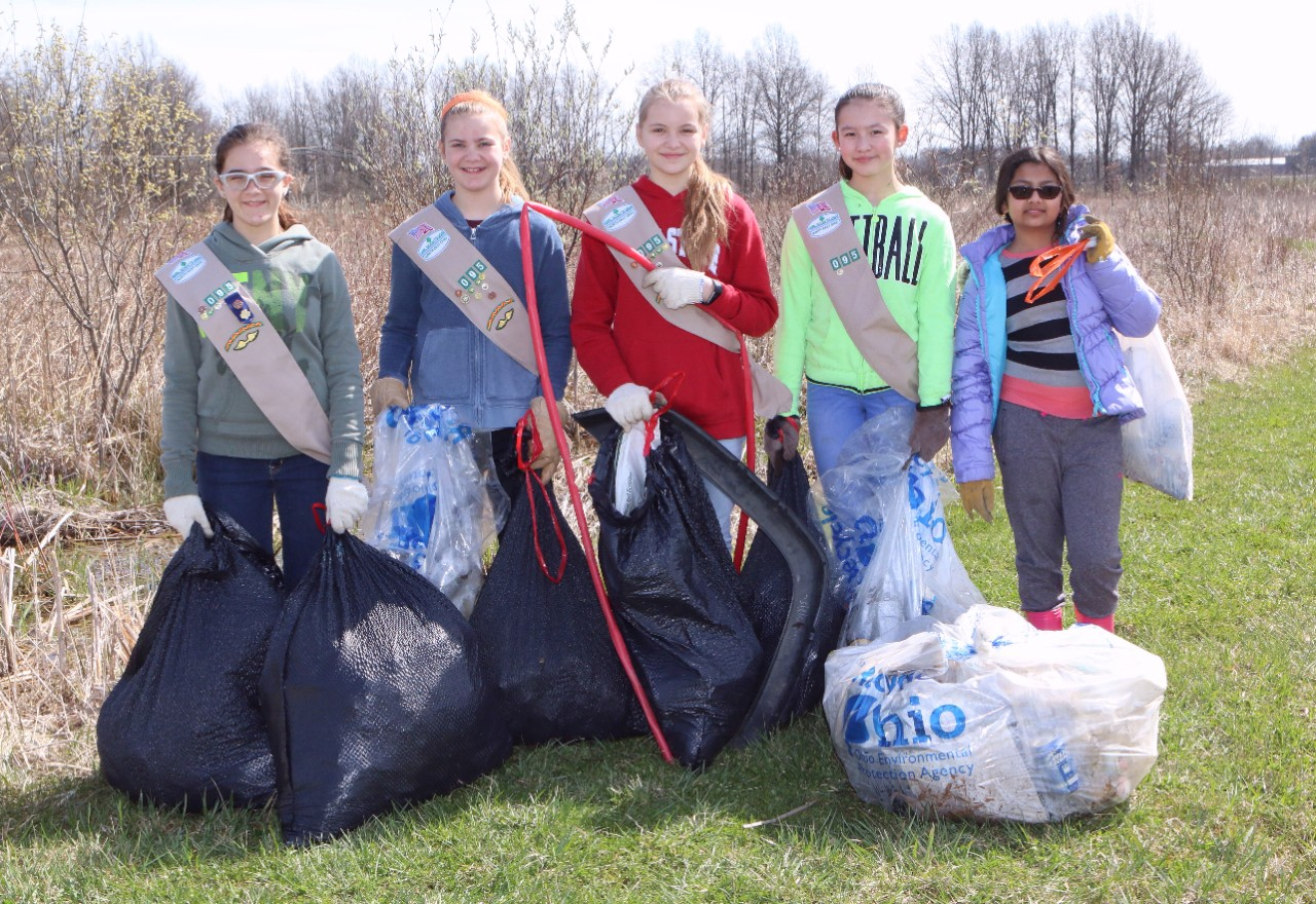 Vindicator Scouts pitch in with Earth Day cleanup newsroom